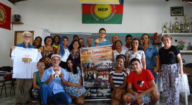 JVC Jornal Voz das Comunidades Porta-voz das experiências comunitárias.