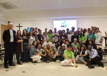 Estudar e fazer vida a Laudato Sí para mostrar a Amazônia como lugar de luta, resistência e esperança