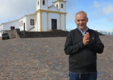 25 anos de vida sacerdotal  do padre José Geraldo de Souza. Uma vida dedicada às comunidades.